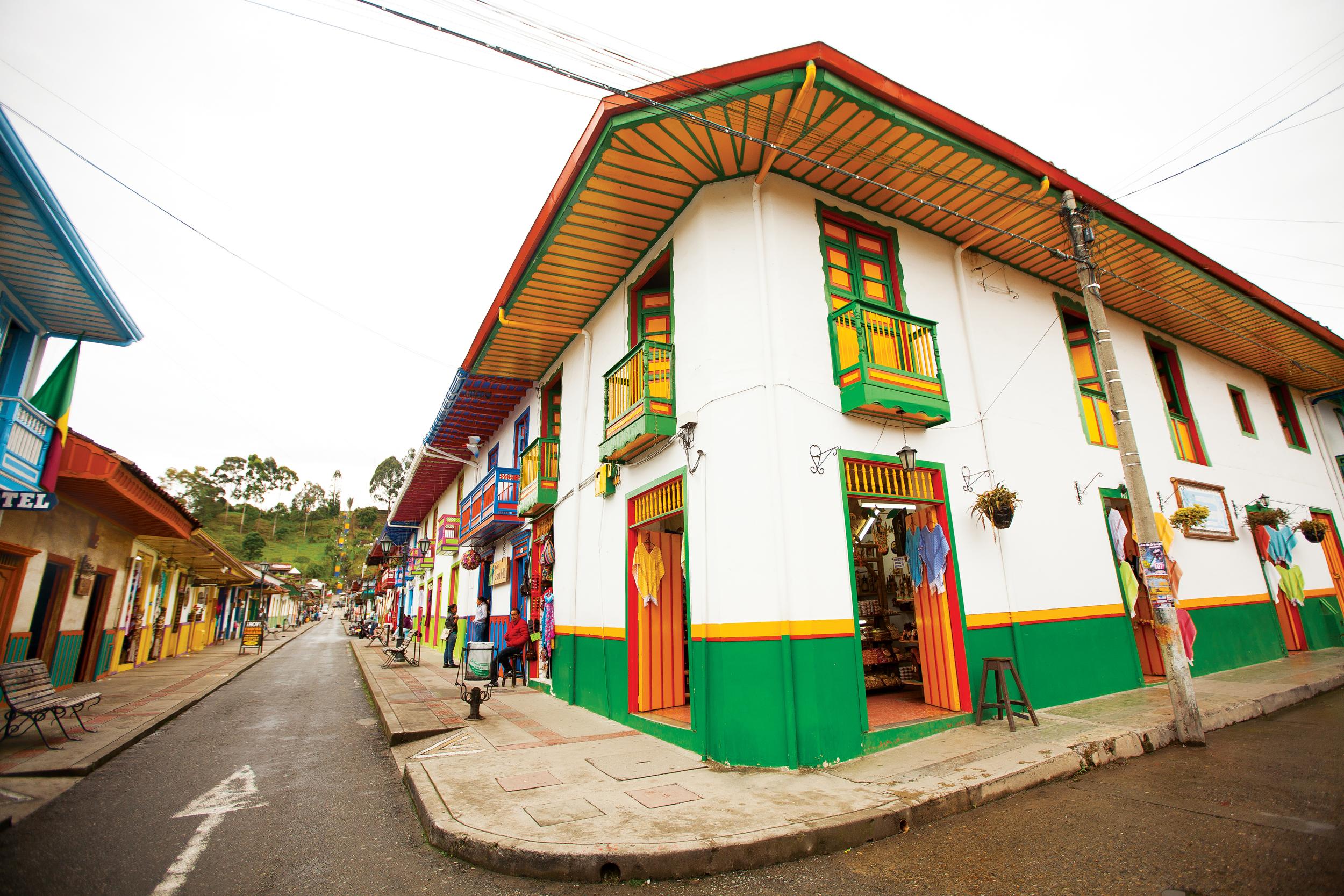Colombia  Isabel Saldanha13