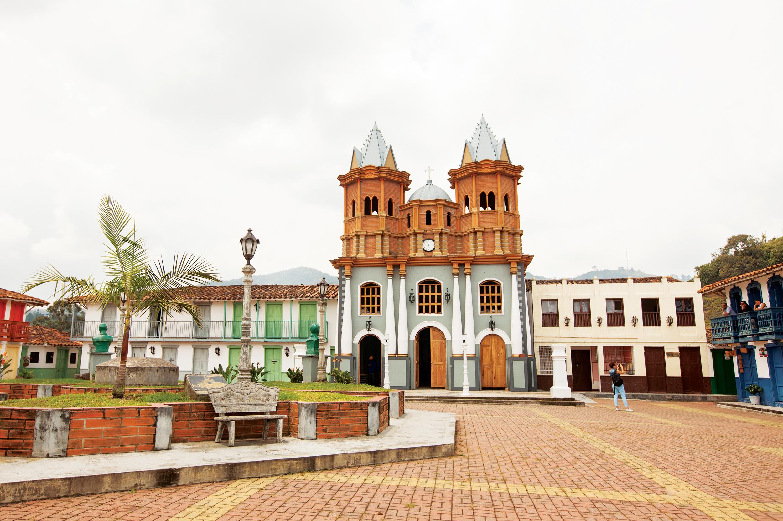 Colombia  Isabel Saldanha08