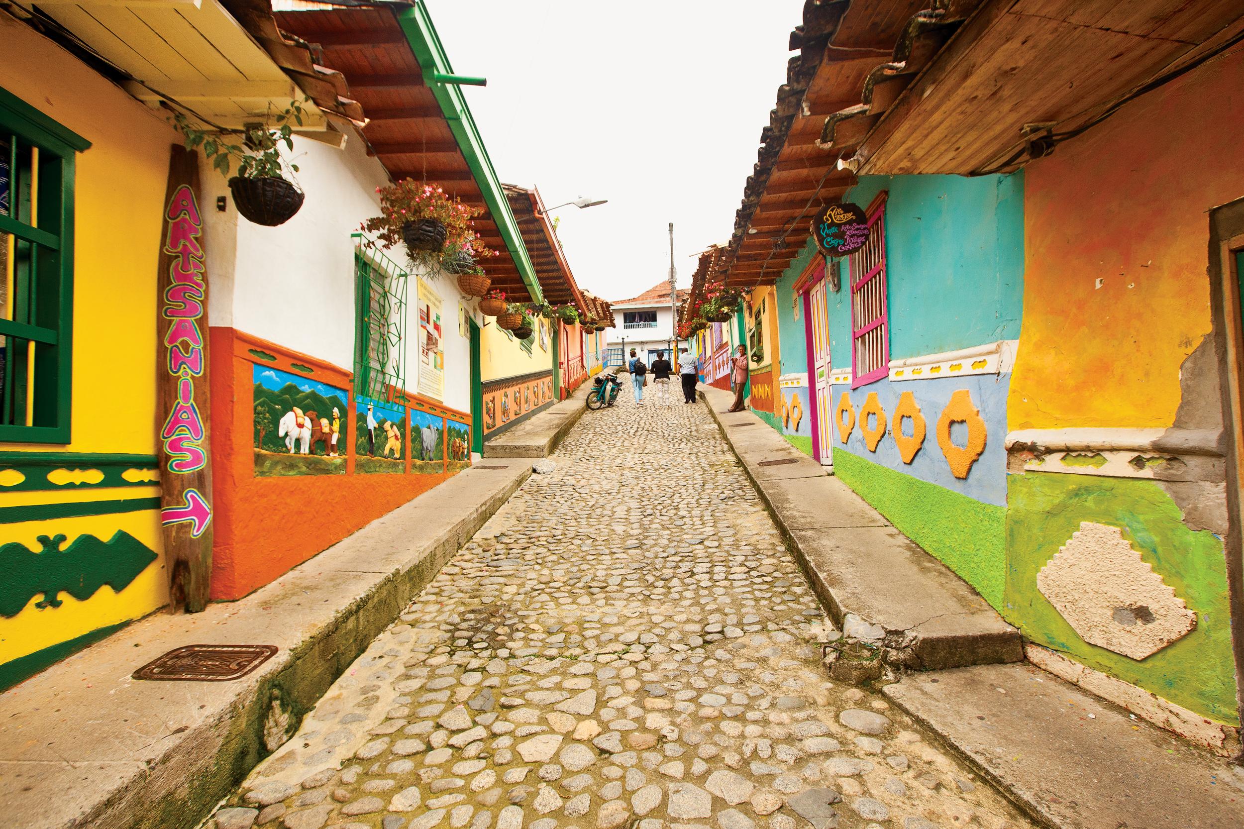 Colombia  Isabel Saldanha12
