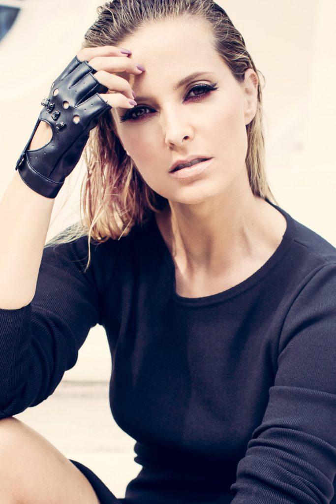 all-black-daily-cristina-1